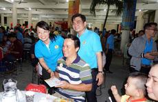 TP HCM: Gần 400 gia đình công nhân đón 'Tết sum vầy'