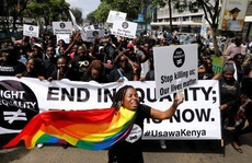 Bất bình đẳng kinh hồn: 22 người giàu hơn tất cả phụ nữ châu Phi cộng lại