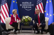 """Sau Trung Quốc, châu Âu """"toát mồ hôi"""" trước đòn thuế của ông Trump"""