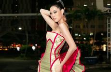 Hoa hậu Khánh Vân với thời trang chiếu độc lạ