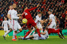 Hạ gục Sheffield, Liverpool lập kỷ lục bất bại 364 ngày