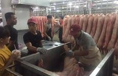 Giá thịt heo tiếp tục giảm sâu giữa mùa dịch corona