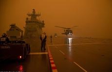 Úc: 'Siêu cháy rừng' sắp hình thành, mưa lớn cản trở nỗ lực dập lửa?