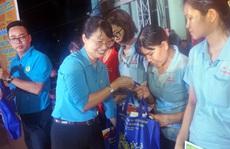 TP HCM hỗ trợ hơn 19.870 vé tàu, xe cho công nhân về quê đón Tết
