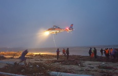 Bộ Quốc phòng điều trực thăng tham gia cứu nạn thuyền viên tàu mắc cạn