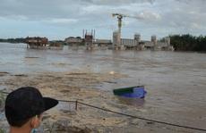 Quảng Ngãi: Lũ trên các sông lên nhanh, nhiều nơi bị cô lập