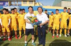 Người hâm mộ háo hức chờ HLV Nguyễn Thành Công đánh bại đội bóng cũ Thanh Hóa