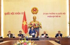 Ủy ban Thường vụ Quốc hội chia sẻ với đồng bào miền Trung