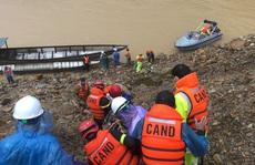 Vượt lũ đến hiện trường công nhân mất tích ở thủy điện Rào Trăng 3