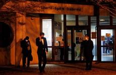 Điều tra khủng bố sau khi giáo viên bị chặt đầu gần Paris
