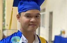 Nam sinh viên thủ khoa đầu vào, tốt nghiệp xuất sắc