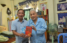 'Mai Vàng nhân ái' thăm nghệ sĩ Hề Sa và tác giả vở 'Người ven đô'