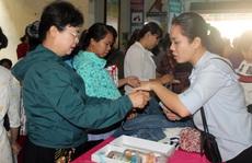 Phiên chợ nghĩa tình chăm lo công nhân