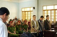 Cựu chủ tịch huyện hầu tòa vì tham ô tiền xây nghĩa trang liệt sĩ
