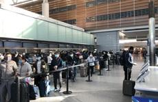 Hai chuyến bay đưa khoảng 700 người Việt về nước