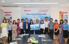 10 trường đại học ủng hộ chương trình 'Một triệu lá cờ Tổ quốc cùng ngư dân bám biển'