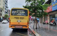 Phớt lờ lệnh cấm, xe buýt liên tỉnh vẫn vô tư 'dạo phố' Đà Nẵng