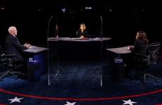Bầu cử Mỹ: Hai phó tướng tranh luận từ tốn nhưng gay gắt