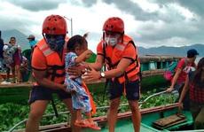 Siêu bão Goni 'mạnh thảm khốc' đổ bộ Philippines, sức gió 215 km/giờ