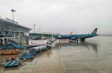 Đóng cửa 5 sân bay do ảnh hưởng của bão số 12