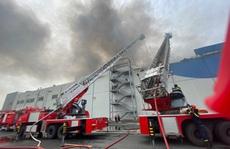 Hàn cắt kim loại gây cháy nhà xưởng, giám đốc đối mặt án tù