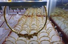Giá vàng hôm nay 14-11: Tăng nóng theo số ca nhiễm Covid-19
