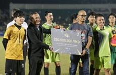 Từ trận đấu thiện nguyện của ca sĩ Jack, tìm chất xúc tác cho bóng đá Việt Nam