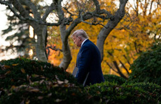"""Tổng thống Trump """"thừa nhận ông Biden thắng cử"""" nhưng..."""