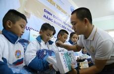 Sữa Cô Gái Hà Lan nâng bước đến trường cho hơn 1.700 học sinh Quảng Trị