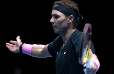 Rafael Nadal bất ngờ thất bại ở vòng 2 ATP Finals 2020