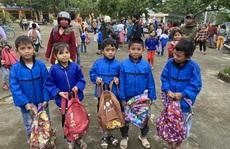 Trao 1.800 phần quà cho người dân vùng lũ Quảng Bình, Quảng Trị