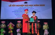 Trao bằng tốt nghiệp cho 915 tân bác sĩ