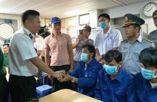 3 ngư dân Bình Định chìm tàu được cứu kể về giây phút sinh tử trên biển