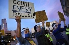 Bộ Tư pháp Mỹ úp mở việc điều lực lượng vũ trang tới điểm kiểm phiếu
