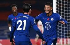 Ngược dòng chấn động Stamford Bridge, Chelsea vọt vào Top 3 Ngoại hạng Anh