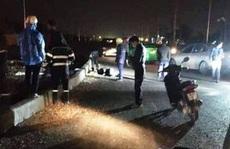 Tông dải phân cách, 2 thanh niên đi xe máy tử vong tại chỗ