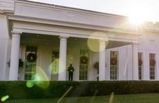 Tổng thống Trump đồng loạt ân xá nhiều đồng minh