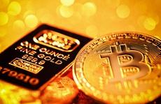 Vì sao giá vàng và Bitcoin cùng bật tăng?