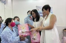Dược Thuận Gia và VIETCO giúp bà con nghèo mổ mắt