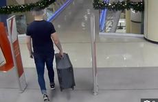 Rùng mình cảnh tên giết người xách vali chứa xác bạn gái ở New Zealand