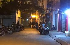 Một người tử vong trong tư thế quỳ gối, chân tay bị trói ở quận Bình Thạnh