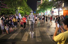'Phố đi bộ' từ góc nhìn văn hóa - xã hội