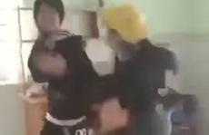 CLIP: Nữ sinh bị đánh đập, bắt quỳ gây xôn xao mạng xã hội