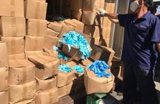 'Hiểm họa' từ 1.070 thùng găng tay y tế đã qua sử dụng nhập từ Trung Quốc