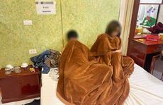 Chủ nhà nghỉ môi giới mại dâm 'cắt phế' 100.000 đồng/lượt