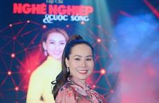 Nữ hoàng doanh nhân Ngô Thị Kim Chi giản dị nhưng tỏa sắc trong đêm Vinh danh 'Trái tim nhân ái'