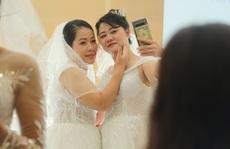 Những hình ảnh xúc động tại lễ cưới tập thể của 46 cặp đôi 'đặc biệt'