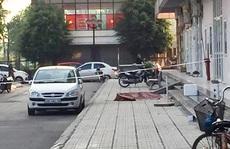 Người phụ nữ trẻ bán hàng ăn rơi từ tầng 16 tòa nhà xuống tử vong