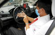 Nhân viên văn phòng Vinasun tự nguyện giảm lương để chia sẻ khó khăn với lái xe taxi