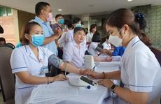 'Giải cứu' ngân hàng máu mùa Covid-19, hàng trăm y bác sĩ hiến máu tình nguyện
